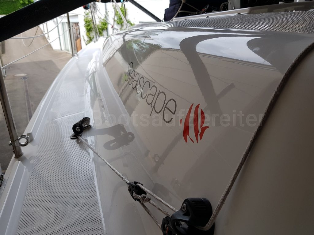 Bootsservice-Zengerle - Der Bootsaufbereiter Seascape 27 reinigen polieren versiegeln